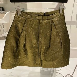 Dresses & Skirts - Little golden skirt